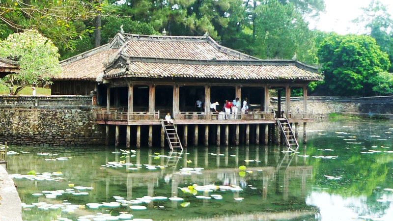 Hue Unesco Imperial City & Countryside Full Day Tour (RT021)